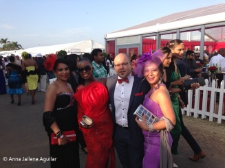 Horse racing (2)