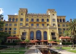 Palazzo Hotel (1)